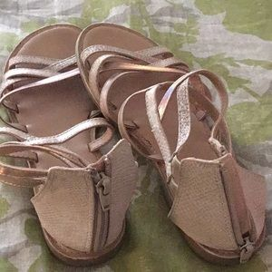 I am selling these beautiful sandals